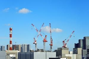 高層ビル・建築・工事現場2_s