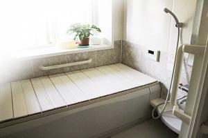 バスルーム・浴室浴槽風呂・ヒートショック_s