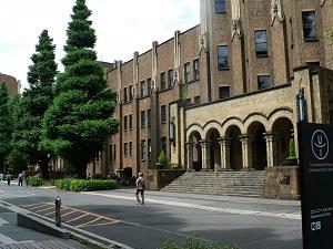 大学キャンパス・第一種中高層住居専用地域_s